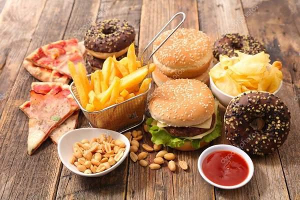«Быстрая» еда для желудка беда?