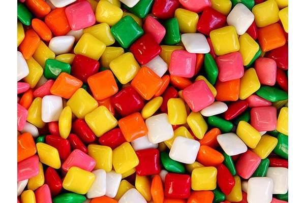 Жвачка без сахара: берегите зубы!